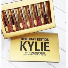 Помада-блеск Kylie Matte Lipstick Birthday Edition
