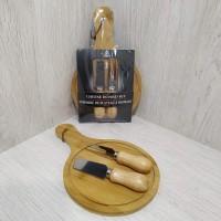 Набор ножей для сыра и разделочная доска TL-00151